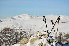 DSC_6412 (nic0704) Tags: scotland hiking walking climbing summit highlands outdoor landscape hill mountain foothill peak mountainside cairn munro mountains glencoe glen coe buachaille etive mor beag stob dubh raineach loch snow ice winter ridge
