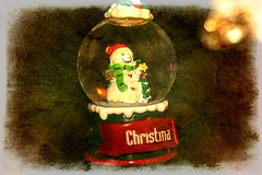 Small Snow Globe With Snowman Textured 002 (Chrisser) Tags: christmas decorations decoration snowmen snowman snowglobes snowglobe ontario canada canoneosrebelt1i canonefs1855mmf28macrousmprimelens backgroundfrombrenda ipiccy itsanaddiction