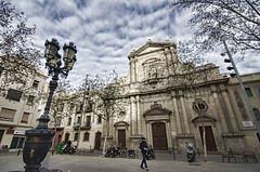 Barcelona (ancama_99(toni)) Tags: barcelona nikon d7000 tokina 1116mm farola streetlamps clouds nbes