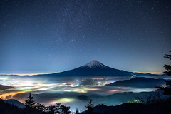 Mt.Fuji - Sea of clouds (reonides) Tags: mtfuji   longexposure   star stars nikond810a