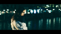 Tard dans la nuit (One_Penny) Tags: hamburg canon6d photography portrait woman cinematic cinematicgrading movie cinemascope bokeh lights water urban eyes fashion beauty 50mm dof