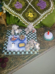 teddy bears (vw4y) Tags: wool knitting crochet afghan marketstreet newtown powys handknitting teddybearspicnic woolshop