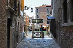 Traghetto Stop (Chemical Dave) Tags: venice italy brick sign canal gondola venezia canale traghetto