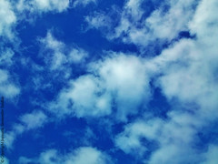 chile blue sky azul clouds cielo nubes android... (Photo: j_santander74 on Flickr)