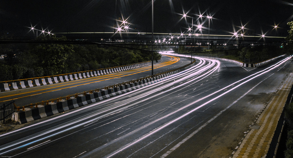 road street light streets night lights highway nightshot traffic delhi toll freeway lighttrails