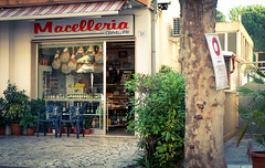 Italien (turgeon76) Tags: italien meer fuji urlaub fujifilm parma ereignisse landschaft fujinon riccione metzgerei pari 2014 schinken macelleria misano xm1