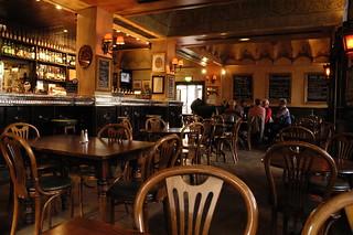 Ryan's Bar & Restaurant