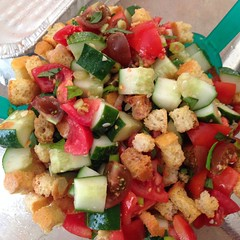 "The simplest of #summer #dinner choices! Fresh from the garden cherry tomatoes, heirloom tomatoes, cucumber and basil with focaccia croutons and balsamic vinegar! #YUM • <a style=""font-size:0.8em;"" href=""http://www.flickr.com/photos/10624169@N08/14990719301/"" target=""_blank"">View on Flickr</a>"