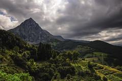 Green Hills (A.González) Tags: españa cloud mountain verde green luz clouds landscape spain cloudy hill paisaje hills nubes ligth nublado monte colina montaña nube cantabria colinas angelgonzalez agiz3
