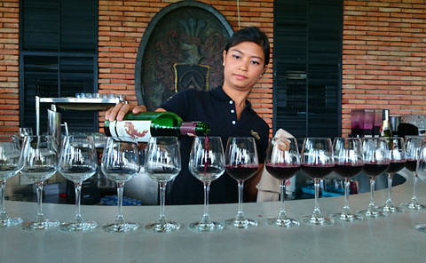 Hua Hin Hills Wine Tasting 1