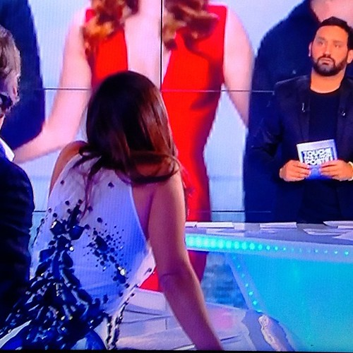 @gysellesoaresestevao wearing @onauratoutvu by @yassenwonderland @livifraise at @d8tv #tpmp this night #love #cristal #couture #black #white #fashion #tv