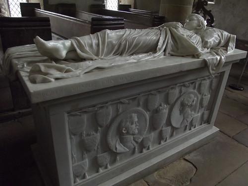 Chapel - Haddon Hall - Effigy of Lord Haddon