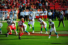 #SanFrancisco #49ers vs #MiamiDolphins Sunday December 9, 2012 (Σταύρος) Tags: sf sanfrancisco city game 22 football nikon stadium nfl sunday quarterback thecity sanfrancisco49ers 49ers 94 estadio dolphins qb 17 bayview fans footballfield posh stadion expensive 70300mm sportsaction crowds estádio stade candlestick footballgame nfc footballplayers miamidolphins sfist niners candlestickpark サンフランシスコ sidelines grassfield footballstadium tannehill saofrancisco monsterpark 9ers fortyniners nfcwest playaction スタジアム cornerback thestick d700 fútbolamericano ninernation στάδιο carlosrogers nikond700 billwalshfield ryantannehill bayviewheights σανφρανσίσκο