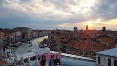 PA090394 (Matteo Cavallin) Tags: venice venezia zuiko olympus 17mm18 rialto italy italia em10m2 em10 tramonto