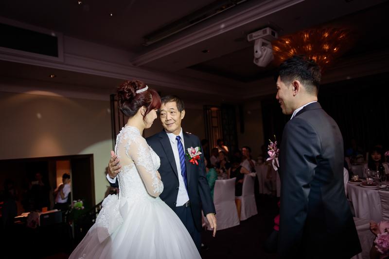國賓婚攝,台北國賓,國賓飯店婚宴,新秘Miko ,婚攝小勇,台北婚攝, 愛瑞思新娘秘書造型團隊,西敏英國手工婚紗,小寶工作室-025