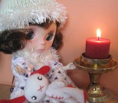 BaD:  3rd Nov 2016 - Something Warm (Calendar girl 48 / grannygreen) Tags: blythedolls jessica badnov2016 somethingwarm customlavenderhug rabbit candle jo