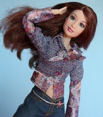 Img_3034 (GreenWorldMiniatures) Tags: barbie fashionfever gillian 2005 madetomove mtm purpletop