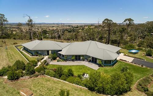 98 Lynland Drive, Armidale NSW