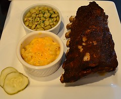 BBQ Pork Ribs with Butterbeans and Mac and Cheese (pjpink) Tags: hogsheadcafe bbq barbeque barbecue pork ribs sauce nearwestend lunch rva richmond virginia october 2016 fall pjpink