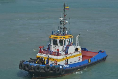 boat tugboat harbor cartagena columbia caribbean sea gulf