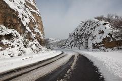 Down A Cold Road 3 (The.Dark.Passenger.) Tags: inverno neve sunny day winter snow road strada innevata freddo cold rocce rocks