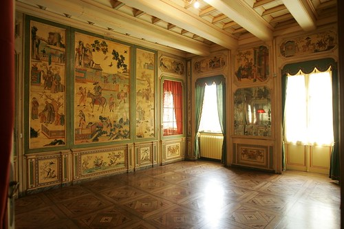 Замок Карлы Бруни-Саркози в Турине, Италия