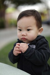 (brendanlim) Tags: 12 f12 5dmarkiv kid thought pensive child blur smooth buttery markiv 5d canon 50mm bokeh