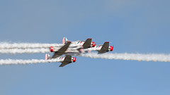 5 Aircraft - See Them (4myrrh1) Tags: pax river md 2016 aircraft airplane aviation airshow airplanes airport flight flightdemonstrationsquadron flightdemonstrationteam geicoskytypers geico crossing pattern canon ef100400l 7dii