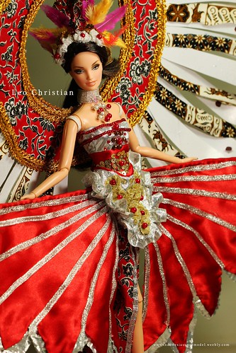 Miss Indonesia Universe 2012 National Costume