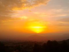 Atardecer en Elda, Alicante, Espaa (jose_raul96) Tags: sunset sky mountain love nature clouds landscape atardecer day cloudy paisaje alicante puestadesol elda