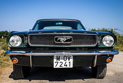 Mustang (Moleiro) Tags: espaa ford car faro spain espanha sunny asturias mustang lastres