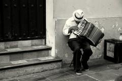 Musicos callejeros (Carlos A. Aviles) Tags: music puertorico sanjuan musica performer
