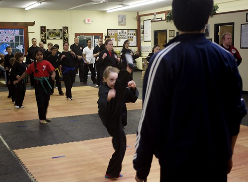 "adult_class_sifu_exercise_3 • <a style=""font-size:0.8em;"" href=""http://www.flickr.com/photos/125344595@N05/14399812861/"" target=""_blank"">View on Flickr</a>"