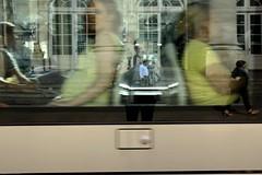 2014/06/11 18h00 autoportrait au tramway 3 (Valéry Hugotte) Tags: selfportrait autoportrait bordeaux tramway valéry grandthéâtre