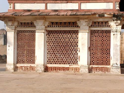 Qutub Minar Complex / クトゥブ・ミナール
