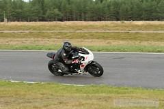 IMG_6133 (Holtsun napsut) Tags: ex sport finland drive track bikes sigma os days apo moto motorcycle finnish 70200 f28 dg rata kes motorrad traing piv trackdays motorbikers eos7d ajoharjoittelu moottoripyoraorg