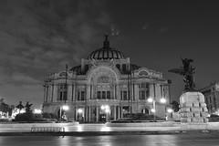 Palacio de Bellas Artes (Coria2010) Tags: blanco mxico night de noche arquitectura negro artes av juarez bellas centrohistorico palacio cdmx estoesloquevihoy