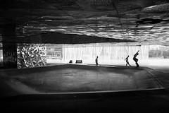 Roberto Stamerra - bs blunt (Alberto Della Beffa) Tags: life spain skateboarding forum bcn skate skateboard barcellona skatespot