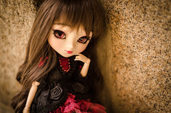 The lady in the castle (0ctavie) Tags: pink brown castle lady eyes full planning groove pullip custo jun rida eyeship azazelle 0ctavie