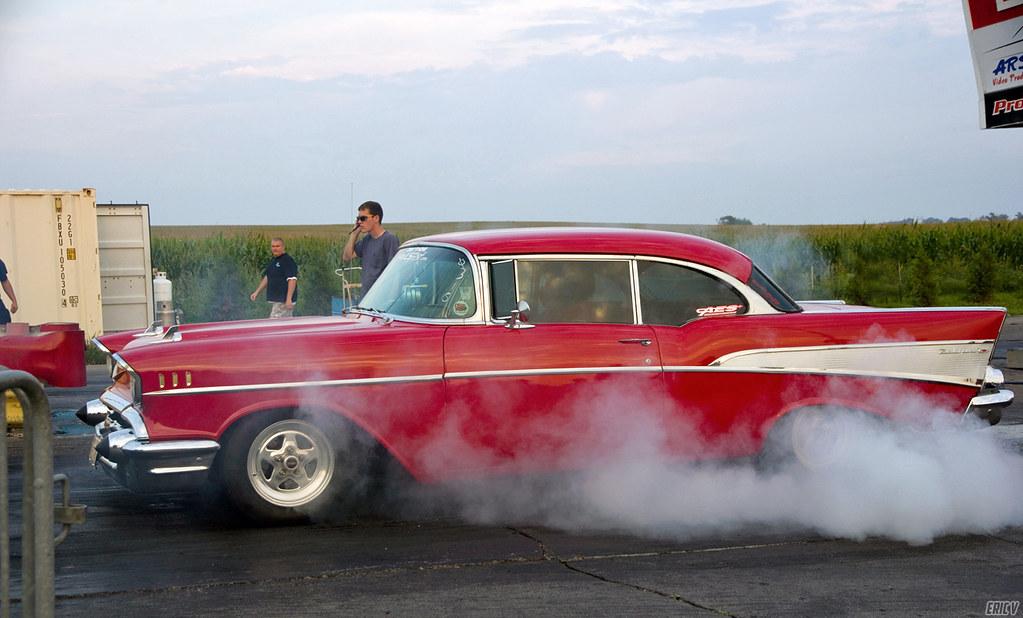 d6cb7bf6e49e YA RITE burnout (evogz) Tags  street chicago cars sports car sport  wisconsin drag