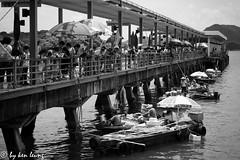 Sai Kung Pier (kenlwc) Tags: life street old light shadow sea people blackandwhite bw water monochrome mono pier boat blackwhite market saikung waterscape lecia 75mm kenleung summilux75mm kenlwc