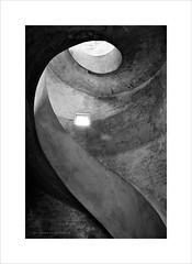Espirales de luz y sombras