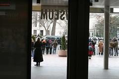 IMG_3475 (avsfan1321) Tags: people usa museum washingtondc dc washington unitedstates unitedstatesofamerica parade obama inauguration motorcade newseum