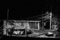 Nocturna abandono (Jaime Recabal) Tags: canon 40d night sigma recabal blackandwhite blancoynegro gurabo puertorico