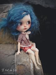 Girl in rocks !