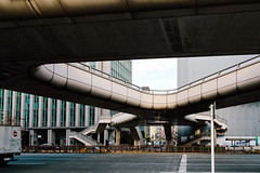 Pedestrian Walkway (danielfoster437) Tags: architecture city citydesign future futurecity futuristicarchitecture japan pedestrianwalkway raisedwalkway tokyo urbandesign urbanplanning urbanwalkway walkway innovation
