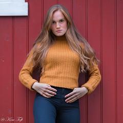 Hot beauty (Toftus Photography) Tags: female femme femelle femenino beauty beautiful vakker smuk srspissen outdoor naturallight pige jente