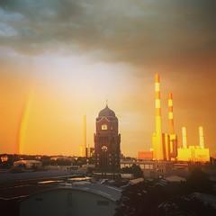 Simmering - Wien (Elisabeth.klio) Tags: simmering wien vienna sun sunporn rainbow regenbogen clouds