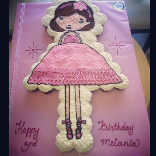 46-polkatots cupcake cakes