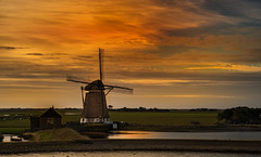 XT111353 (Wolfgang von Vietinghoff) Tags: texel mhle molen sunset sonnenuntergang sky himmel fujifilmxt1 xf1855mmf284rlmois